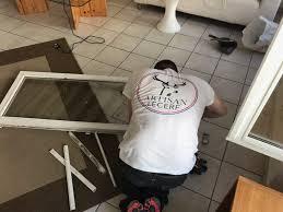 Comment nettoyer un vieux miroir piqué ?